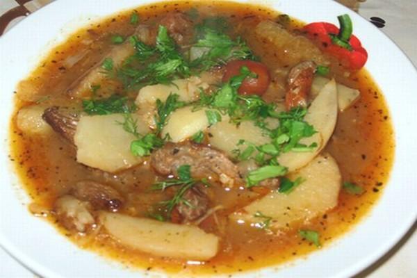 Суп с уткой и картофелем