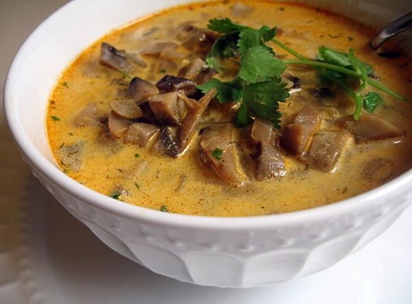 Суп с уткой и грибами